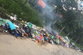 Đốt rác thải nơi công cộng bị xử lý như thế nào?