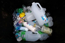 Các công ty ở Anh phải trả chi phí chất thải bao bì theo kế hoạch mới